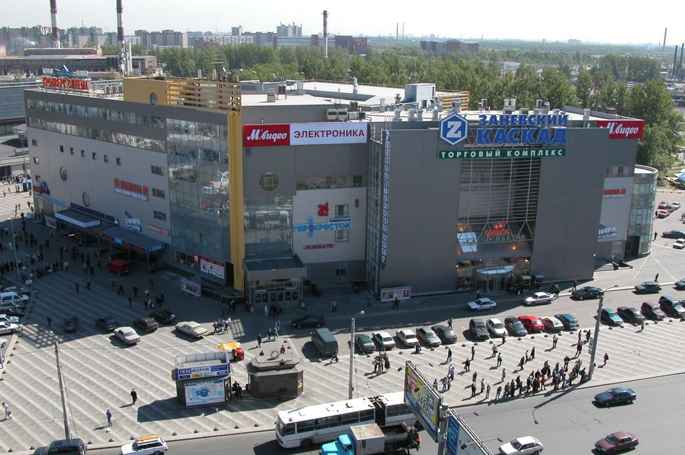 Адамант-строй, Здание «Заневский Каскад» с «Кронверк Синема», 484