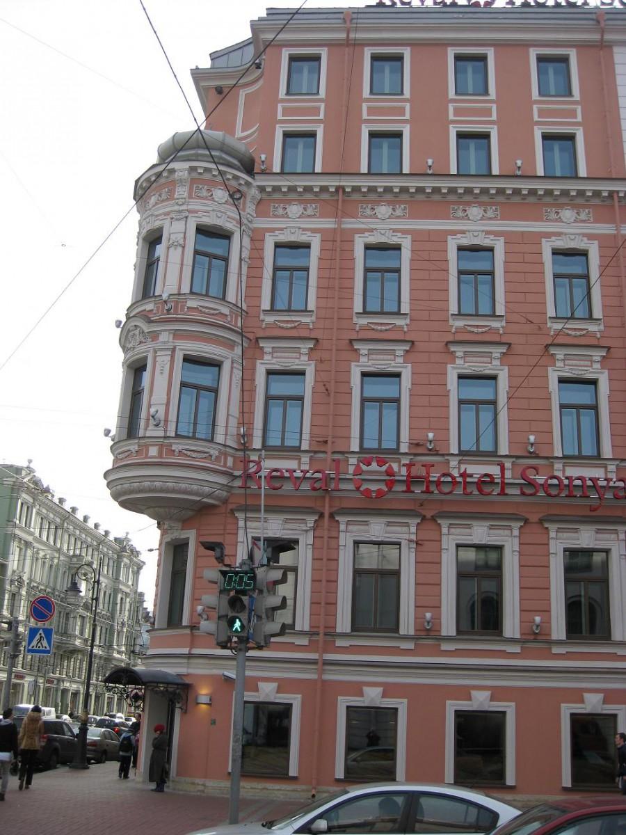 Завершение работ по реконструкции здания Литейный пр. 5/19 под гостиницу