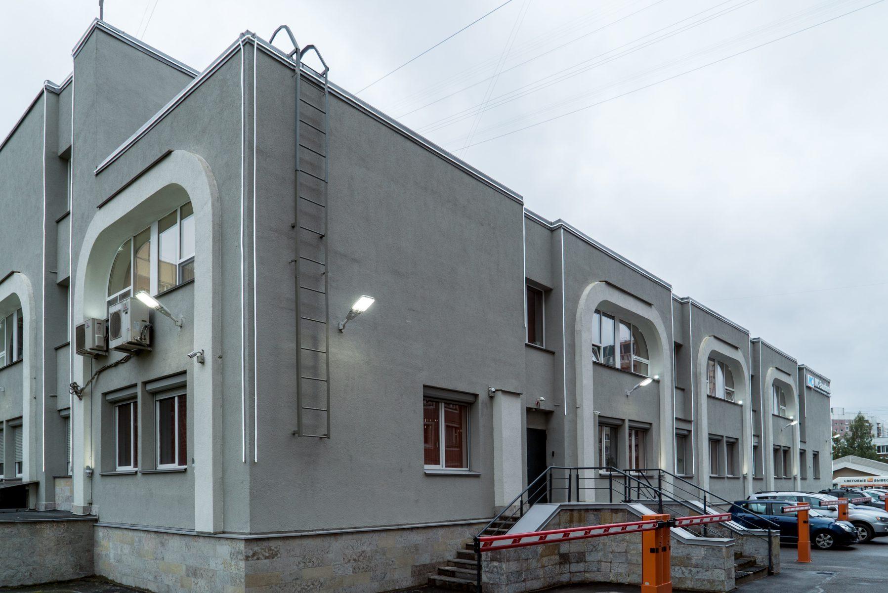 Адамант-строй, Здание на ул. Авиаконструкторов, 1346